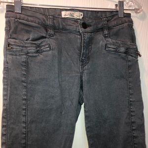 Blue/Grey Jeans
